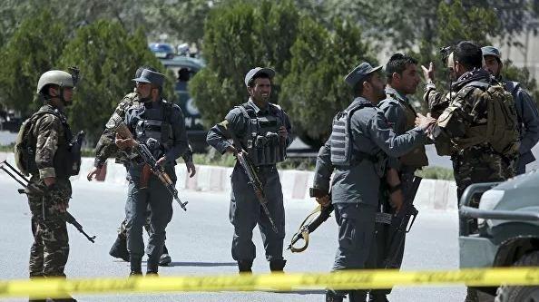 Число жертв взрыва у здания МВД Афганистана возросло до семи