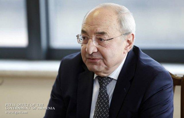 Вазген Манукян подал в отставку