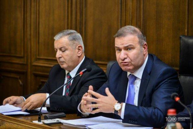 """Партия """"Процветающая Армения"""" государственный бюджет на 2020 год не считает революционным"""