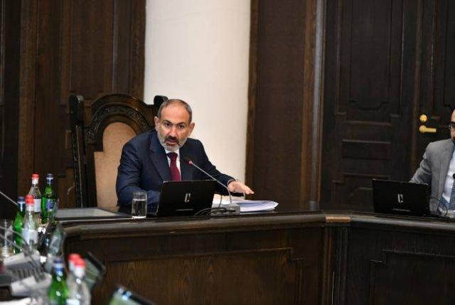 Наши действия должны быть направлены на перспективу стратегического развития Гюмри: премьер-министр