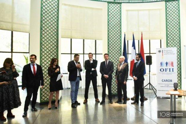 Армяне, добровольно вернувшиеся из Германии, получат содействие по франко- германской программе