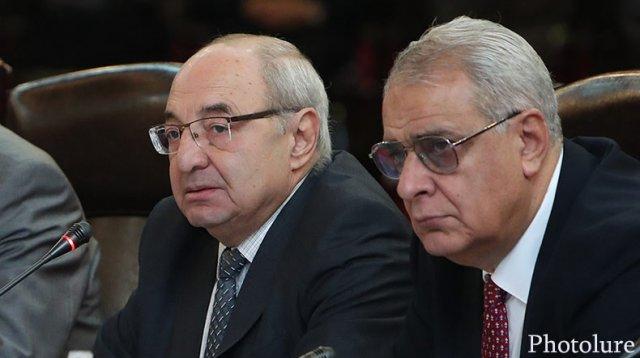 Вазген Манукян заявил о возвращении в политику