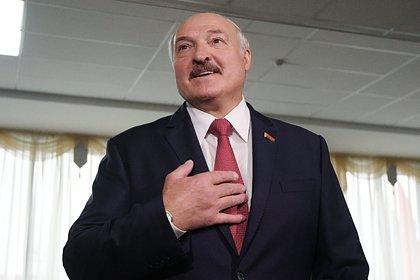 Лукашенко вновь потребовал от России денег