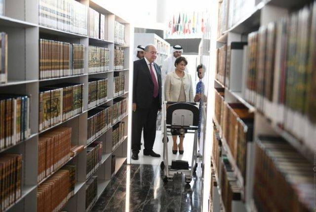 Армен Саркисян посетил Национальную библиотеку Катара