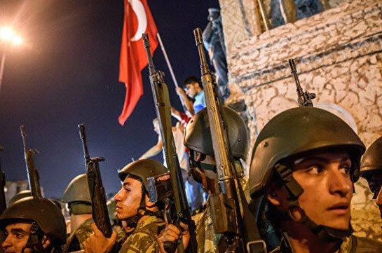 В Турции выдан ордер на задержание 133 подозреваемых в причастности к путчу