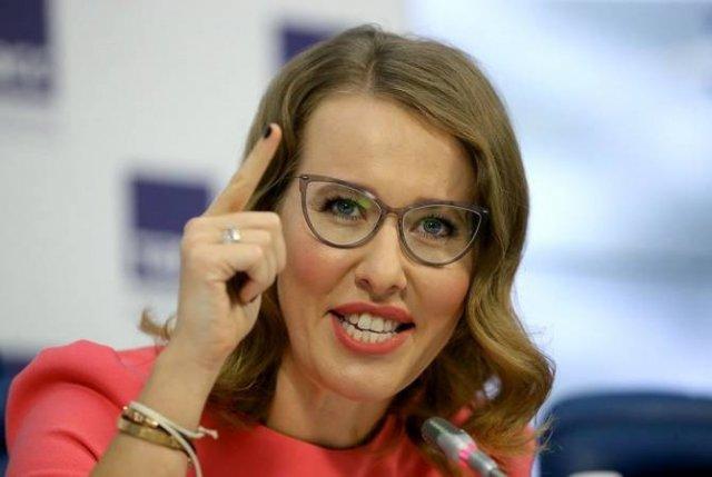 Собчак возглавила рейтинг самых богатых российских блогеров в Instagram по версии Forbes