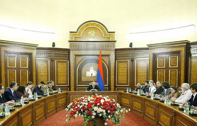 В карабахском вопросе я предпочитаю говорить своими собственными формулами. Премьер