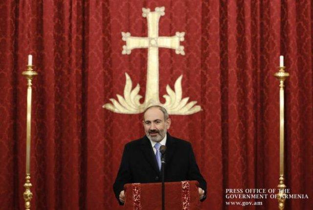 Пашинян еще раз призвал президента Азербайджана последовать его формуле мира