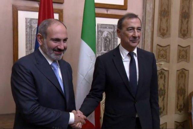 Премьер-министр Армении встретился с мэром Милана