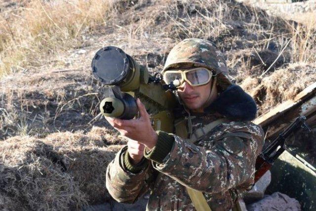 Военнослужащие зенитно-ракетных подразделений провели тактические занятия
