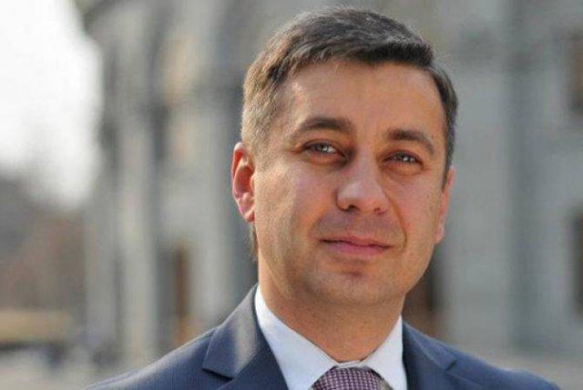 Владимир Карапетян прокомментировал инцидент в Милане с представившимся блогером азербайджанцем