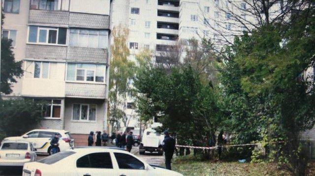 Новорожденного ребенка выбросили из окна многоэтажки во Владивостоке
