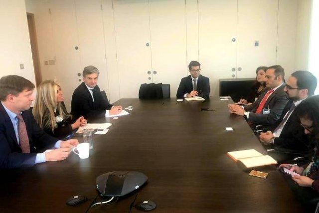 Вице-премьер Авинян обсудил с Deutsche Bank и Goldman Sachs выпуск облигаций Диаспоры