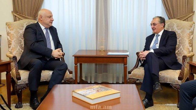 Глава МИД Армении и председатель ПА ОБСЕ обсудили вопросы карабахского урегулирования
