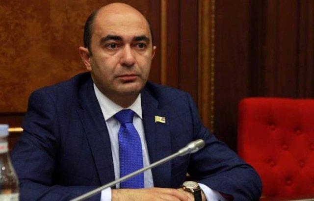 Эдмон Марукян обратился к Пашиняну с предложением оказать срочную помощь армянам Ливана