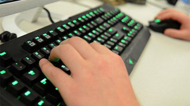 «Лаборатория Касперского»: Читеры вредят честным геймерам и всей индустрии видеоигр