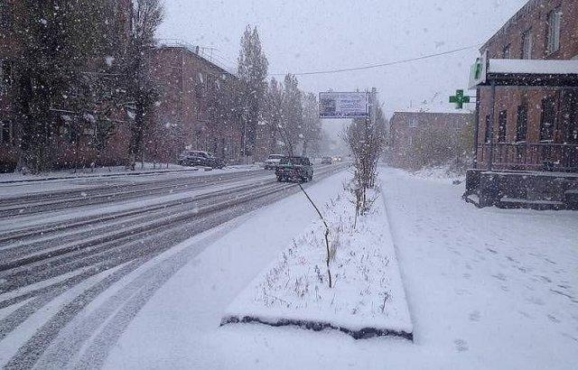 В Арагацотне, Котайке и Шираке выпал снег