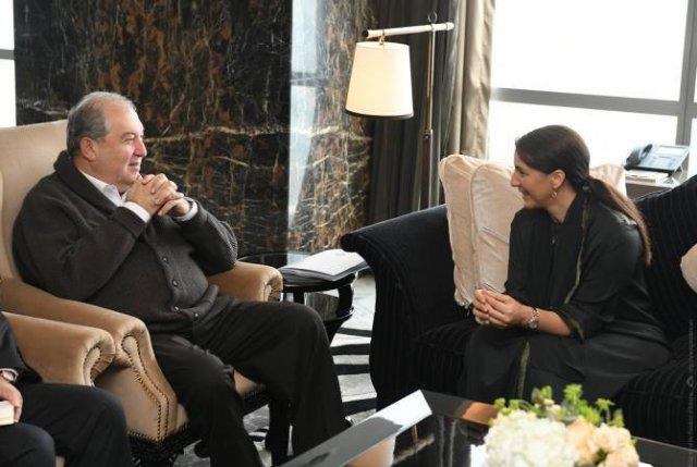 Армен Саркисян встретился с государственным министром безопасности продуктов питания ОАЭ