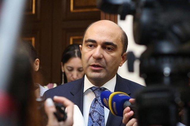 Законопроект о всеобщем медицинском страховании противоречит логике властей Армении