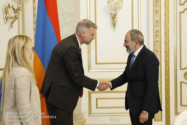 Премьер Армении и региональный директор ВБ обсудили повестку сотрудничества