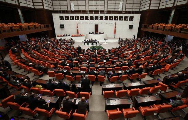 Парламент Турции одобрил законопроект, предусматривающий возможность отправки турецких военнослужащих в Ливию
