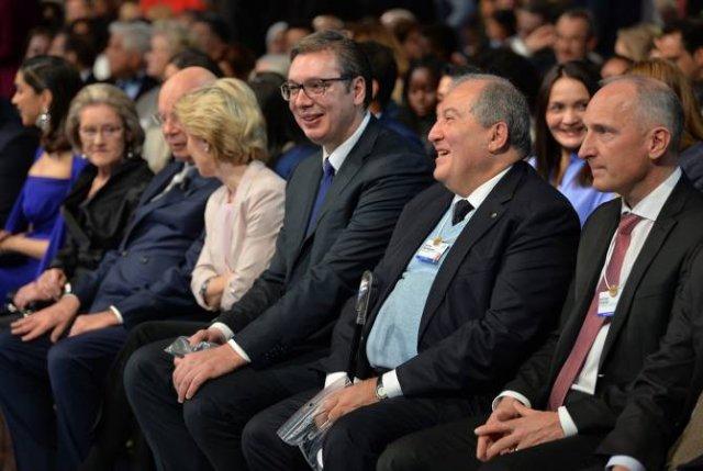 Армен Саркисян принял участие в открытии Всемирного экономического форума в Давосе