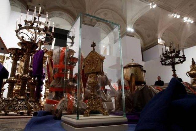 В Париже готовится выставка сокровищ собора Нотр-Дам