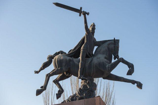 Вардан Мамиконян