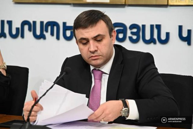 Ограничения хозяйственной деятельности не распространяются на кафе: заместитель министра