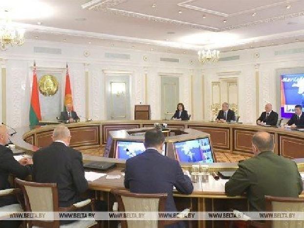 Лукашенко поручил усилить охрану государственной границы по всему периметру