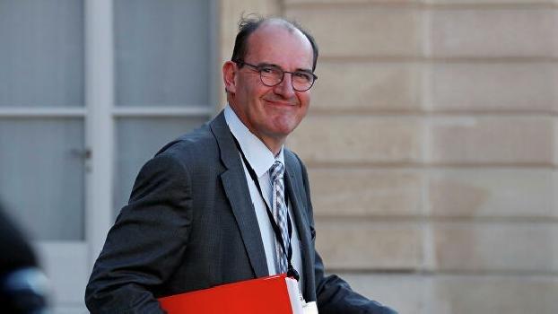 На премьера Франции подали в суд из-за неправильного управления пандемией коронавируса