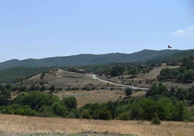 Азербайджанские военнослужащие должны немедленно разблокировать участки дороги Горис-Капан