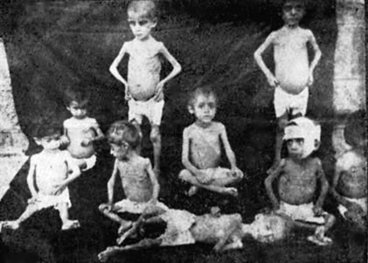 Лагеря во времена Геноцида
