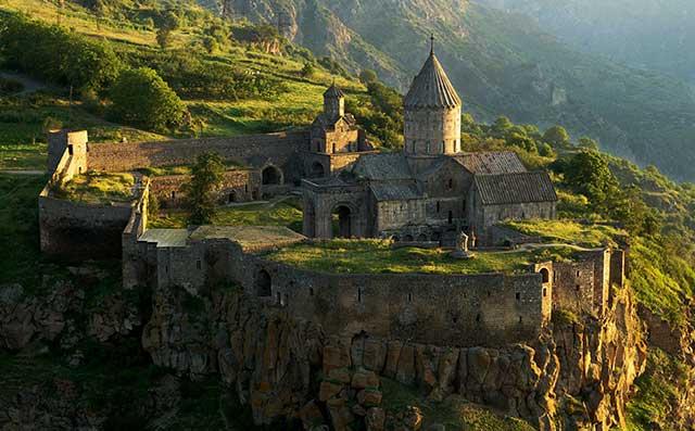 Татев - монастырь в Армении